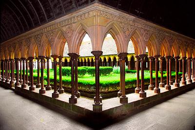 Nouvelle jeunesse pour le cloître du Mont-Saint-Michel